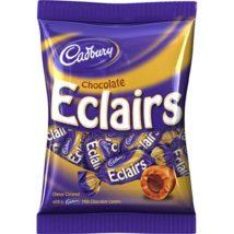 Cadbury Eclairs-tejcsokoládéval töltött puha karamell bon-bon 130g.
